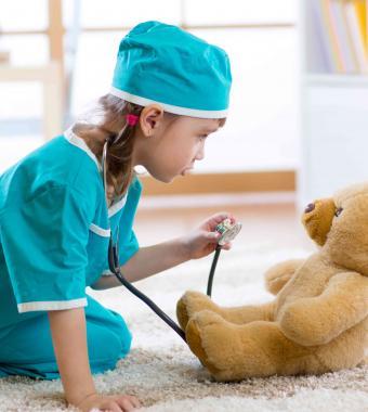 Camille aux côtés des professionnels de la santé